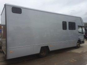Horse Box Complete Respray.4